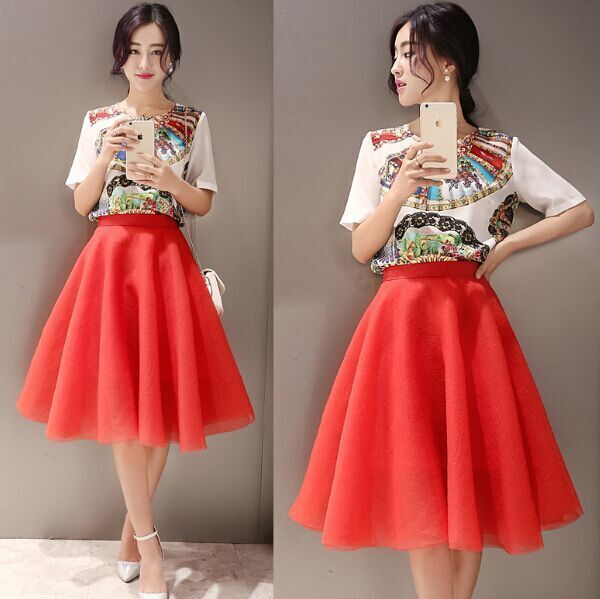2015 Summer Women's Sets Cute Ball Gown O-neck Short Solid Print Top And Red Bottom Women's Sets US $51.99 /piece  Specifics Style	Casual Gender	Women Decoration	Flowers Closure Type	None Material	Polyester Dresses Length	Knee-Length Collar	O-Neck Color Style	Natural Color  Click link to buy other product http://goo.gl/p8JMyk