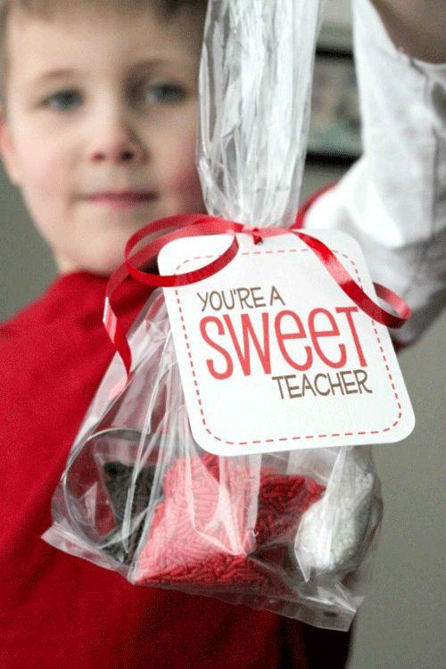 "Free printable gift tag: ""You're a sweet teacher"" #print #teacher #gift"