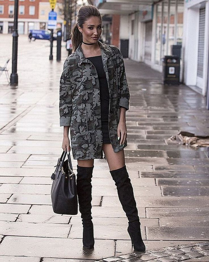 "18.1 mil Me gusta, 157 comentarios - @megan_mckenna_ en Instagram: ""🌚 Get my look from the Megan McKenna collection @misspap #meganxmisspap #misspap #Towie"""