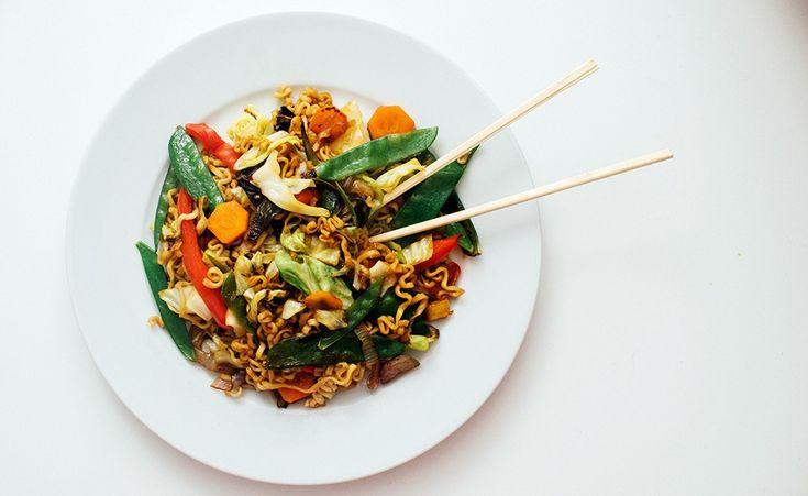 veganske stekte nudler oppskrift
