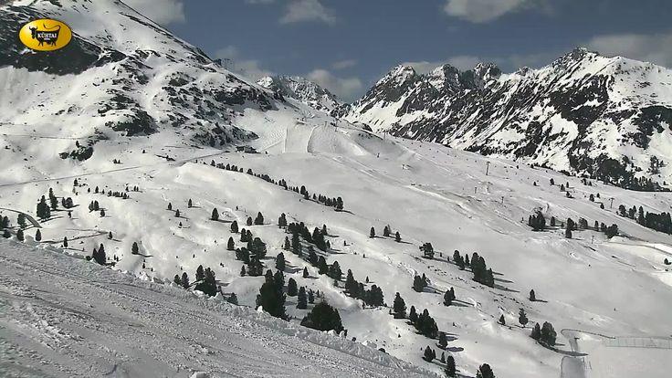 Webcams in den Tiroler Bergen, aktuelles Wetter und Vorhersage für Tirol, für Freizeitticketbesitzer, Bergsportler, Mountainbiker, Paragleiter & Drachenflieger, Skifahrer & Snowboarder - NxZzOJ1b.html