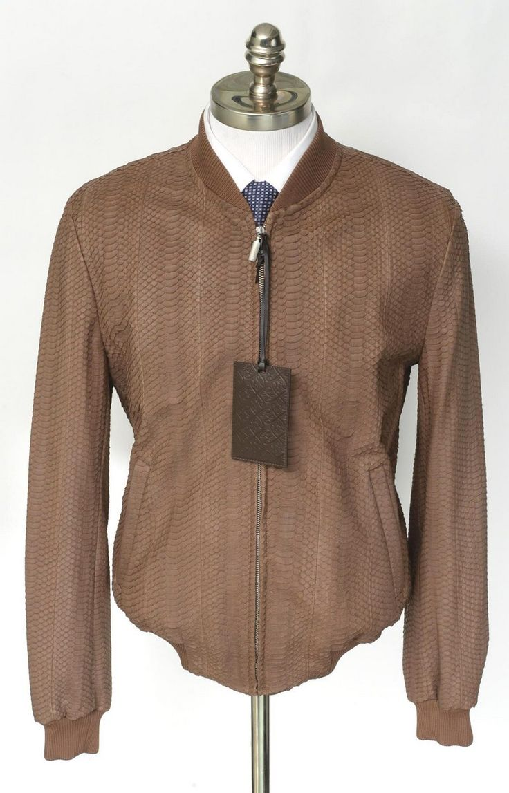 Light #brown #snakeskin keeps it interesting in this #Brioni #jacket.