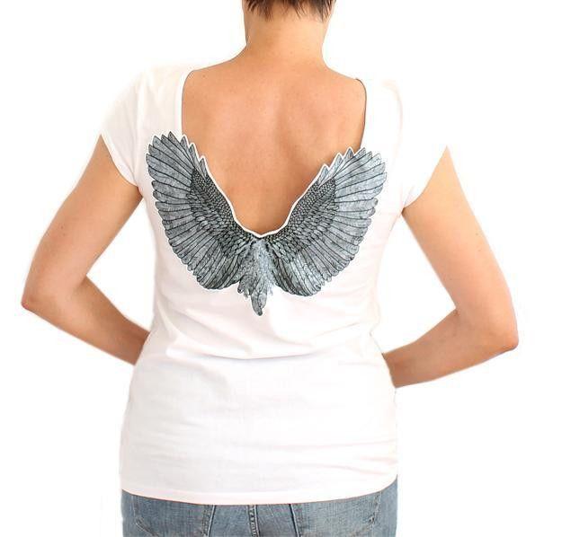T-shirt con ali d'angelo di katis su DaWanda.com