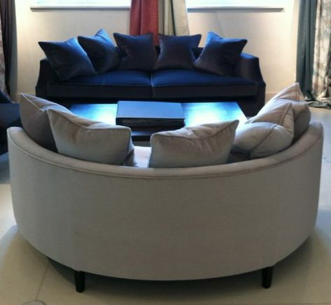 Fox linton furniture demi lune sofas a collection of for Baignoire demi lune