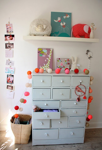 drawersChild Room, Kids Bedrooms, Old Drawers, Kids Wall, Kids Room, Children Room, Baby Room, Chest Of Drawers, Kids Toys