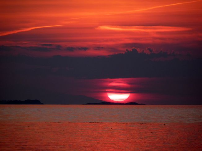 jewel of a sunset over the pacific ocean - nanaimo bc