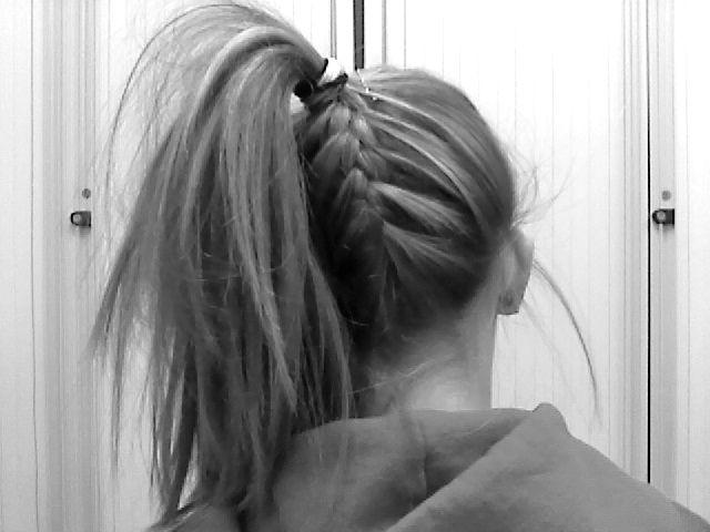 Under braid: Hair Styles Ideas, Hair Obsession, Easy Hair, Awesome Hairstyles, Hair Envy, Cha Hair, Ponytail Hairstyles, Hair Makeup Whatever