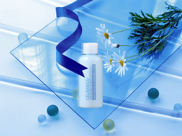 CELRANICO- Water Skin Solution Premium Toner  Particles full of moisture are rapidly absorbed in your skin which hydrates your skin even more! Using the toner will refresh the skin without stickiness. It balances your skin to be hydrated and brightened.