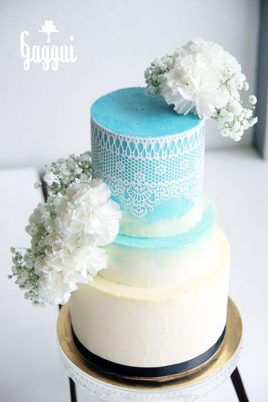 Blue&White Weddingcake_Gaggui.jpg