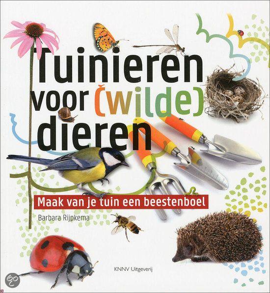 Het tuinplezier straalt ervan af: maak zelf een egelhuis, bijenflat, vogelbistro of paddenhotel! Of je nu een grote of een kleine tuin hebt, landelijk of in de stad: met een paar eenvoudige aanpassingen wordt je tuin een waar paradijs voor dieren en insecten. #tuinen # tuinieren #tuinboek #boekentip