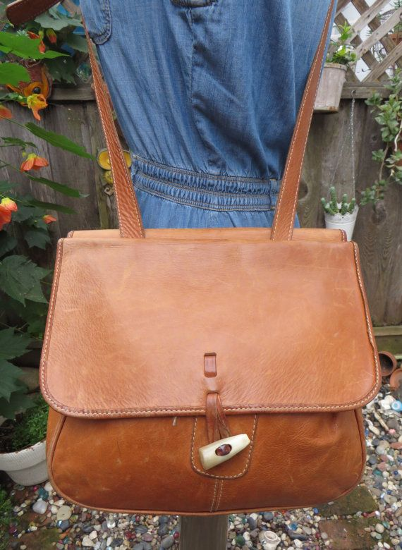 Vintage 1970s Sienna Thick Leather Messenger Bag Cross Body Handbag Tote Boho HIppie Festival Chic
