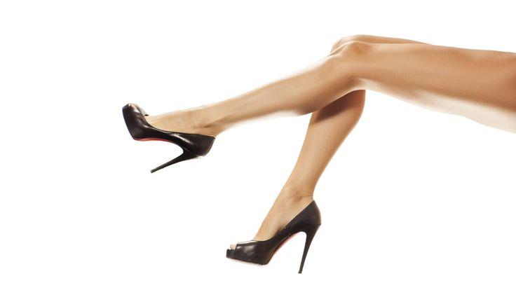Ukažte nohy!  Vakuová kavitace - Jedna partie - bříško, nohy, zadeček Po mnohaletých zkušenostech se nám povedlo nabídnout jedinečný produkt – vakuová kavitace, který působí jak na redukci tuku, tak na celulitidu a zpevnění pokožky. Kombinace ošetření ultrazvukovou kavitací ( liposukcí) a vakuové masáže vacupressem tak dokonale zatočíme s problematickými partiemi. Vše navíc podpoříme kvalitní kosmetikou a speciálním magnesiovým sérem.
