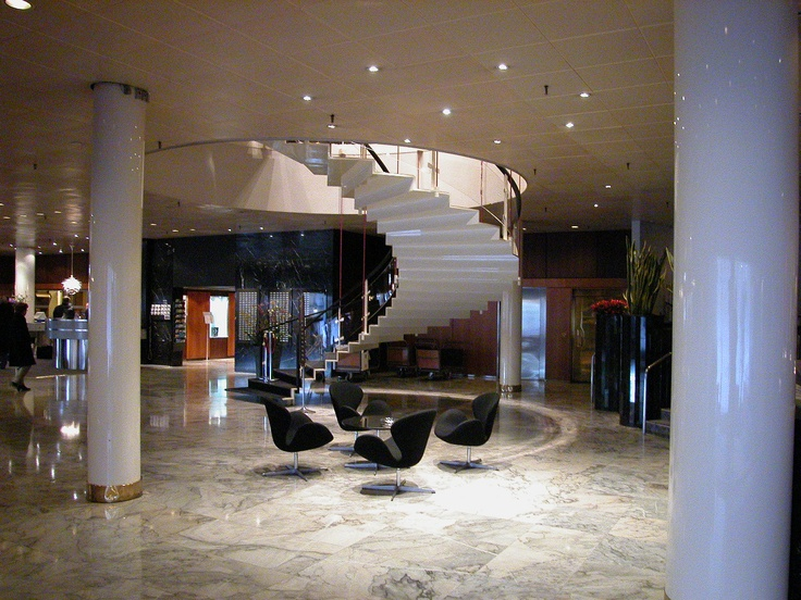 Stair in sas royal hotel copenhagen by arne jacobsen for Arne jacobsen hotel