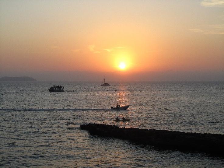 Bellissimo tramonto del mare di #Ibiza, #Spagna.