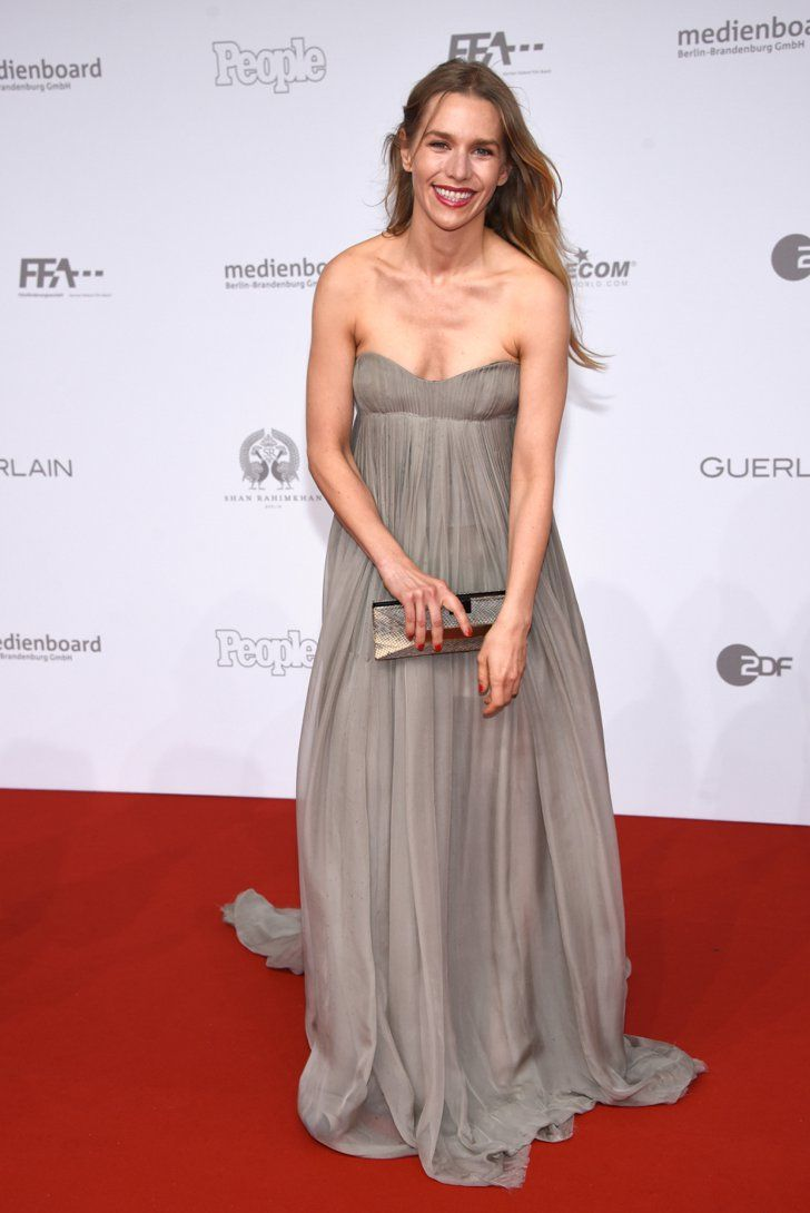 Pin for Later: Seht alle Stars beim Deutschen Filmpreis Julia Dietze