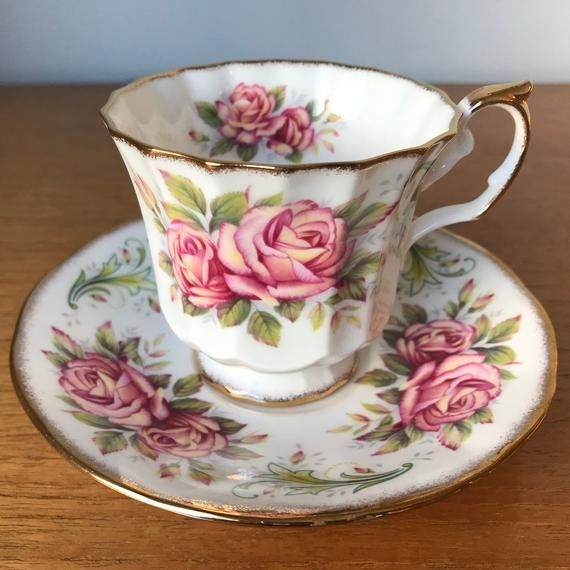 ROYAL SWIRL FINE CHINA MUG CUP SAUCER SET JAPAN PINK ROSE FLOWERS COFFEE TEA