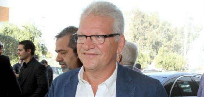 """Σαρρής: «Είμαι εντολοδόχος όλων των Ενώσεων»   Απάντηση στην ανακοίνωση της Παναθηναϊκής Συμμαχίας, που τον χαρακτήρισε """"εντολοδόχο του Ολυμπιακού"""", έδωσε ο Γιώργος Σαρρής με δήλωσή του.   ΠΑΟ"""