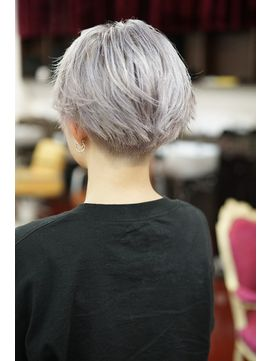 FACTORY gradation color & double color 刈り上げショートボブ ☆ シャーベットシルバー