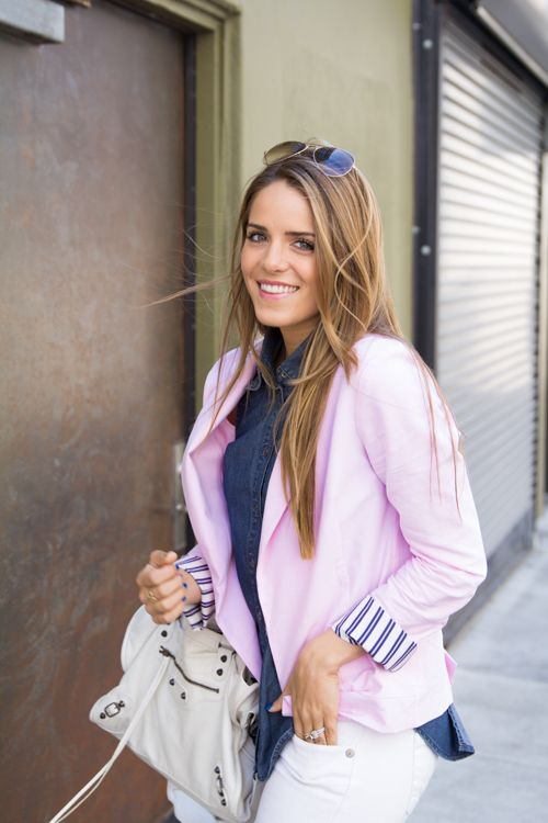 The light pink blazer adds just the right touch of femininity to the denim button down & white jeans.