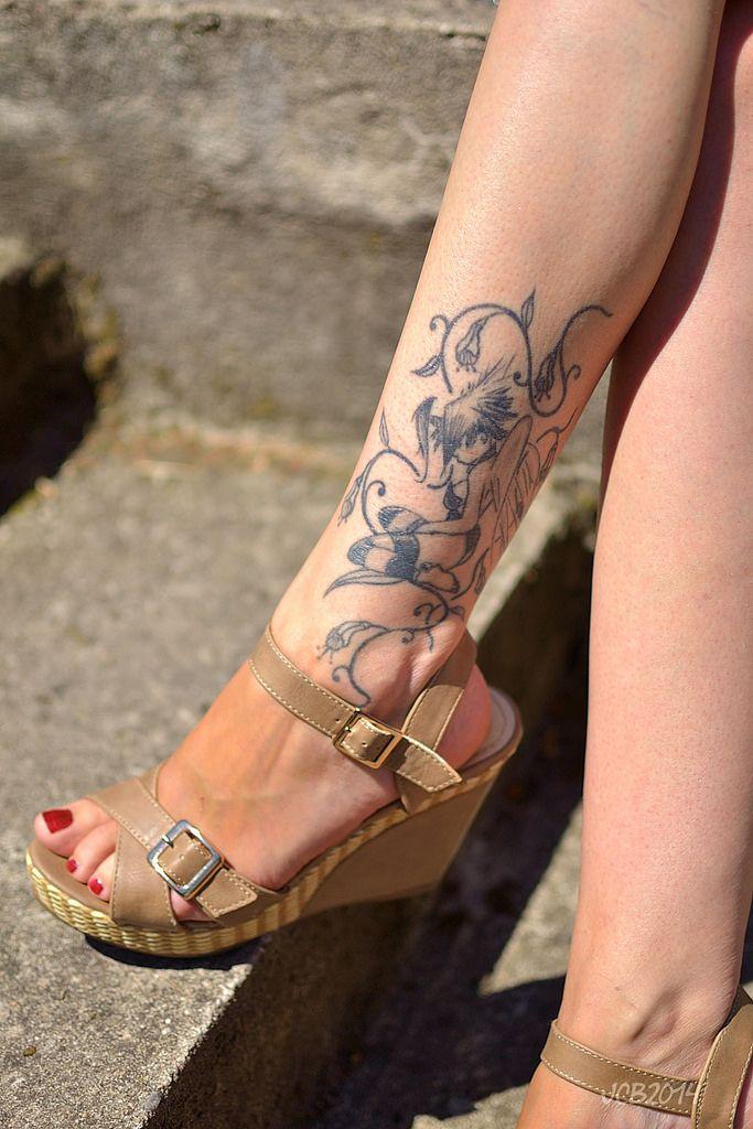 Best 25 girl leg tattoos ideas on pinterest leg sleeves for Tattoos on legs female