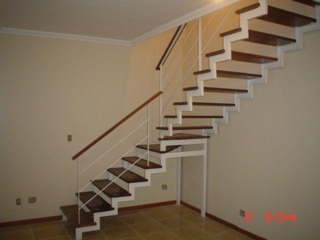 Escadas Internas Em Madeira 11 Pictures To Pin On Pinterest