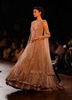 Manish Malhotra. Delhi Couture Week 2013