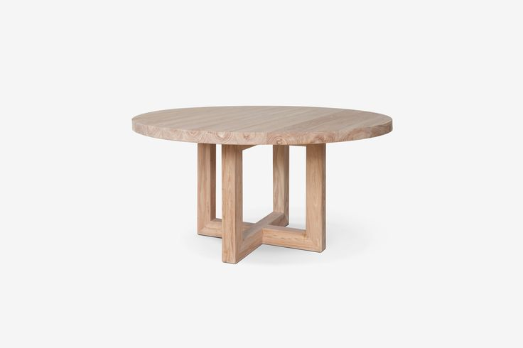 Global dining table natural