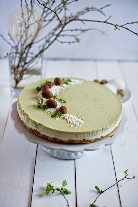 Coconut Cheesecake with Matcha Tea (check for translator for English version)