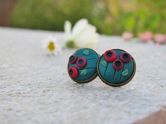 Small poppy, stud earrings, minimalist earrings, polymer clay earrings, brass…
