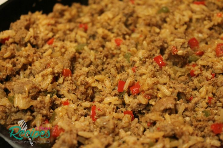 Homemade southern style dirty rice with ground turkey&seasoned with onions, peppers, garlic, and cajun seasoning. There are so many recipe for dirty rice. Heck, I think that I have about 4 of…