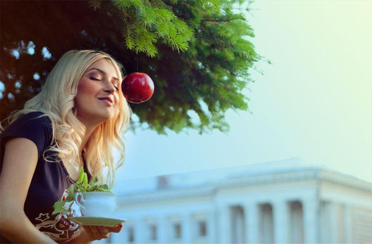 #apple #sunset #blond