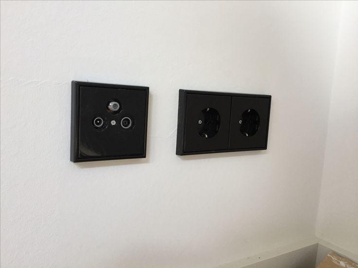 die besten 25 schalter und steckdosen ideen auf pinterest schalter steckdosen steckdose mit. Black Bedroom Furniture Sets. Home Design Ideas