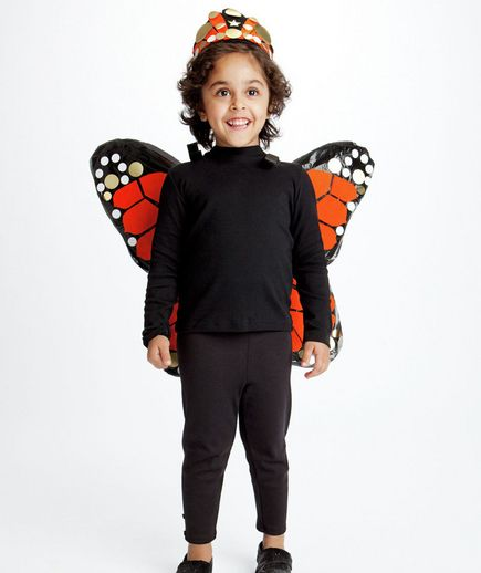Butterfly costume via @Real Simple: Halloweencostumes, Monarch Butterfly, Butterflies, Diy Halloween Costumes, Household Items, Costume Halloween, Kid