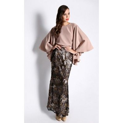 Aramis Kurung in Brown and Black