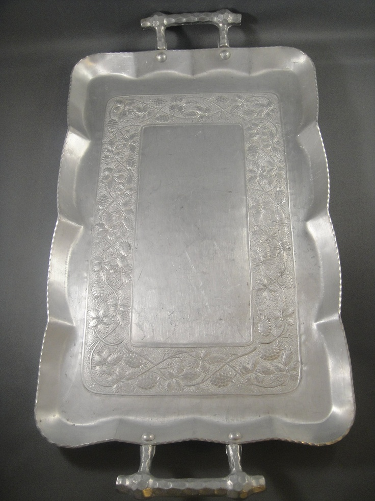 vintage aluminum trays 17 best images about serving tray with handles on 3156
