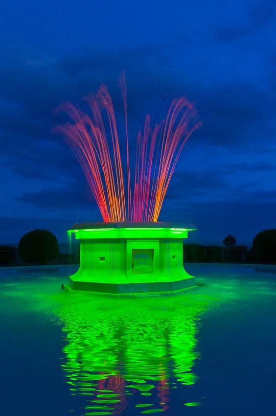 Tom Parker Fountain (art deco), Napier, Hawkes Bay, North Island, New Zealand by Blaine Harrington
