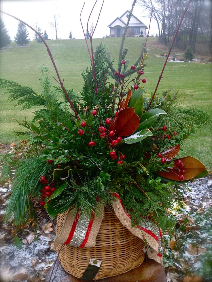 17 Best Images About Outdoor Christmas Containers On