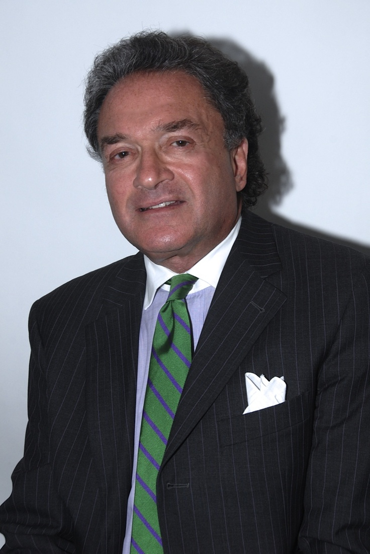 New York plastic surgeon Dr. Lefkovits is certified