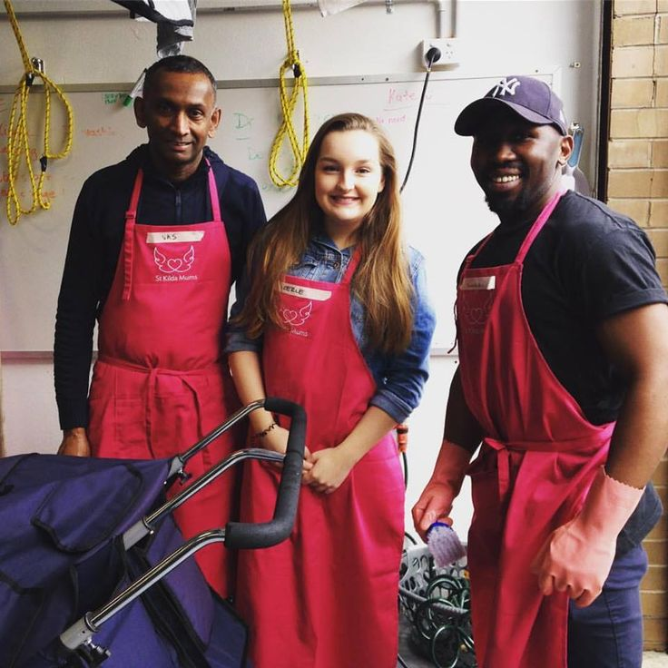 This crew from Hilton Melbourne South Wharf are now expert high chair & pram cleaners! If you would like to volunteer with your team please email teamwork@stkildamums.org. We are taking bookings for Term 4. Thank you!
