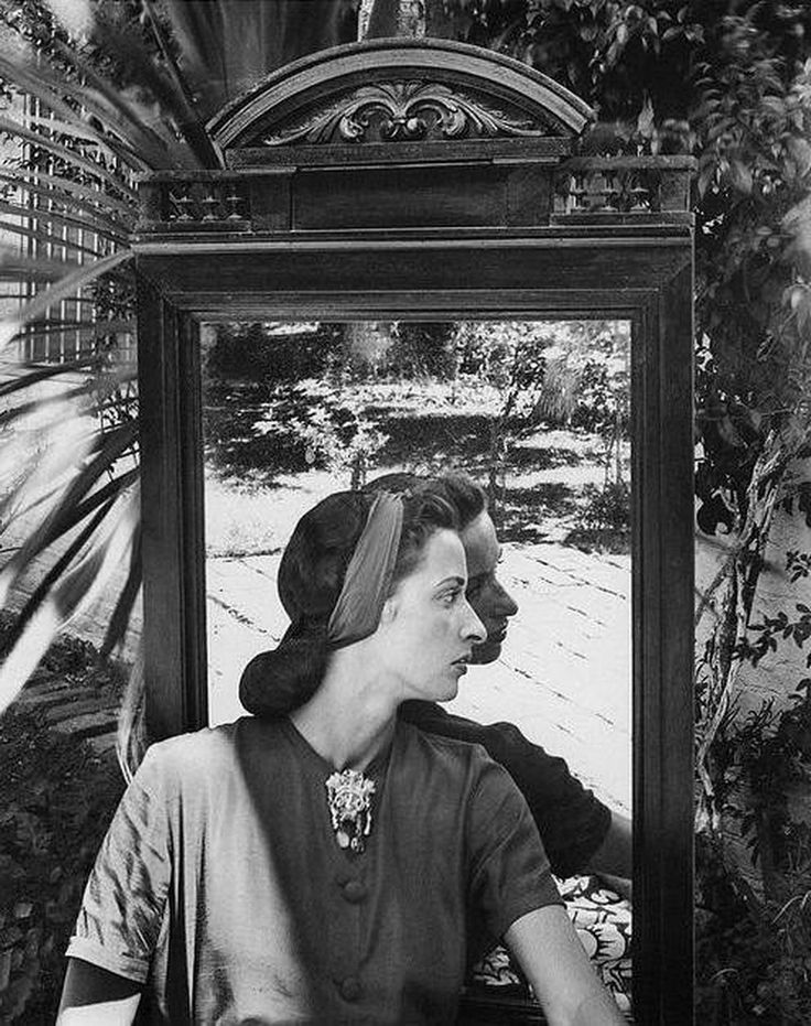 Margareta Guerrero, 1945 by Grete Stern
