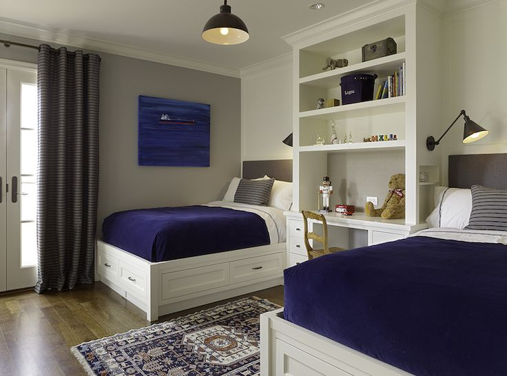 Adorable Boys Bedroom Design With Built In Desk Bookcase Between The Beds