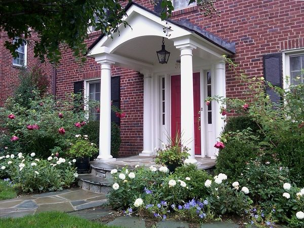 212 best images about windows and doors on pinterest for Portico entrance with columns