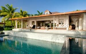 Luxury villas in Mustique, view at Tortuga