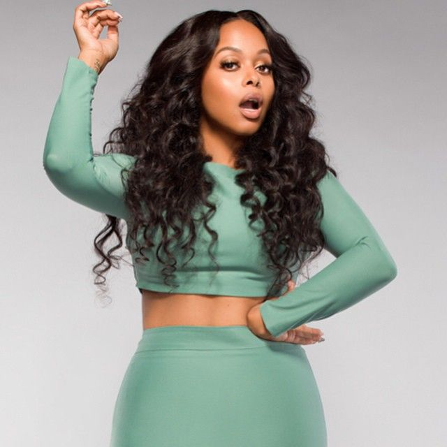 Loving this look on--->Chrisette Michele