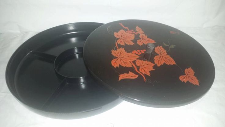 Vintage Lacquerware Divided Tray with Lid,  Snack Tray, Black Lacquerware, Asian Divided Tray, Serving Platter,Condiment Server, Relish Tray by JunkYardBlonde on Etsy
