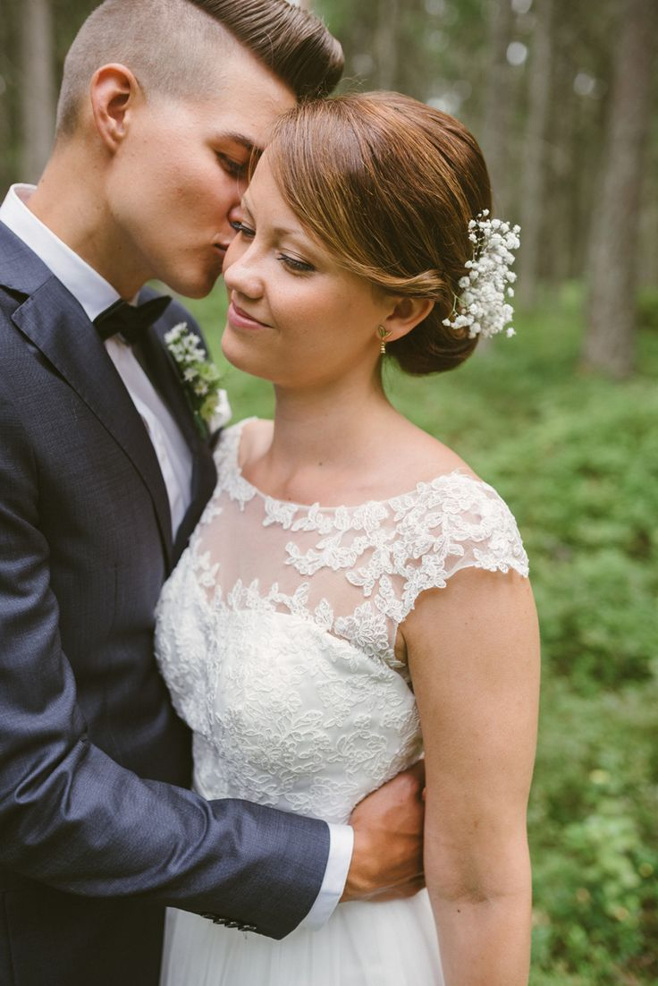 romantic woodland wedding Julia Lillqvist | Anna and Jani | Bröllop Stundars | http://julialillqvist.com