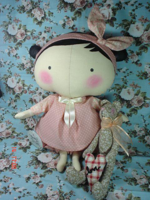 Tilda Sweetheart doll com roupinha de festa. mundoderubi@hotmail.com