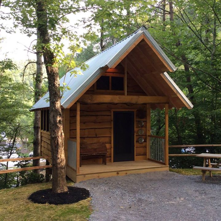 Campleconte Luxury Treehouse Camping Glamping