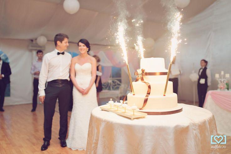 Wedding cake  www.mdfoto.ro