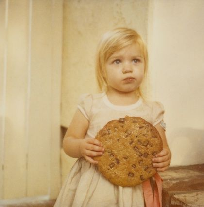 By Chloe Aftel. I now have to make a giant cookie for Sania! This photo is too cute.